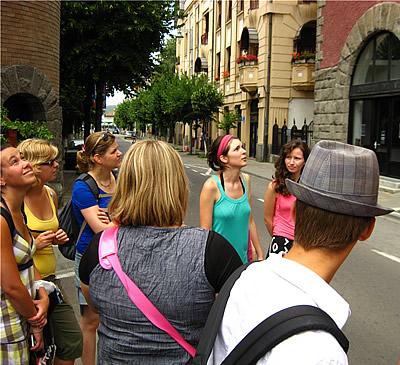 Jongeren van Noordwijk krijgen een rondleiding