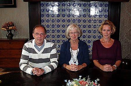 De huidige Goemoers: v.l.n.r. Harry Jurgens, Henriëtte van den Broek en Chantal Knulst